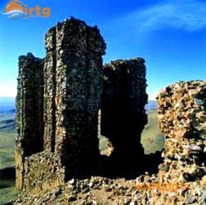 قیز قلعه