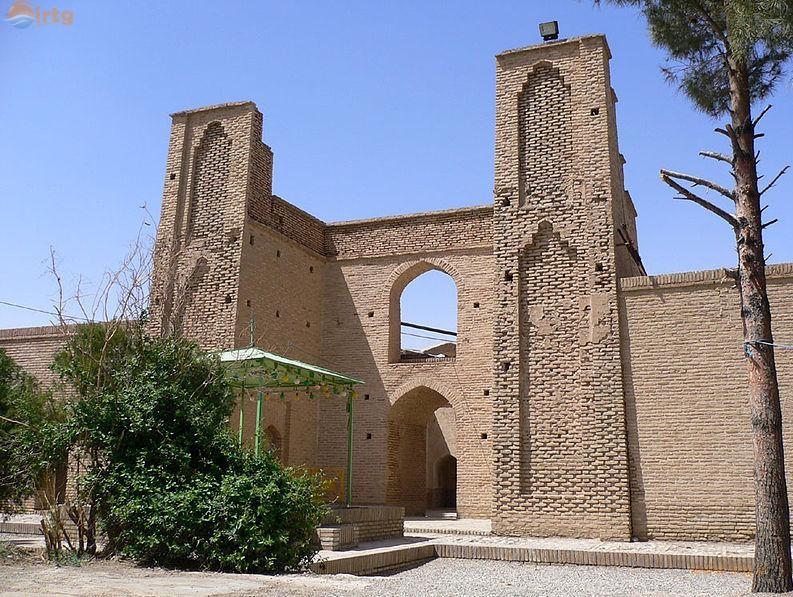 آرامگاه شیخ علاءالدوله سمنانی