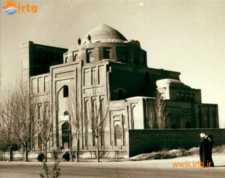 آرامگاه امام محمد غزالی