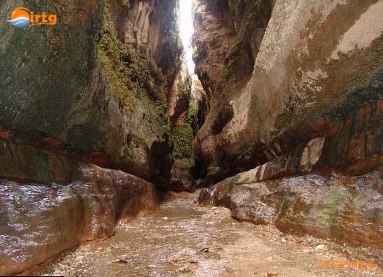 غار زینه گان