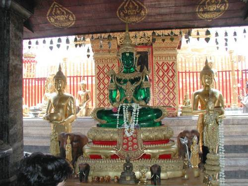 معبد بودای زمردین